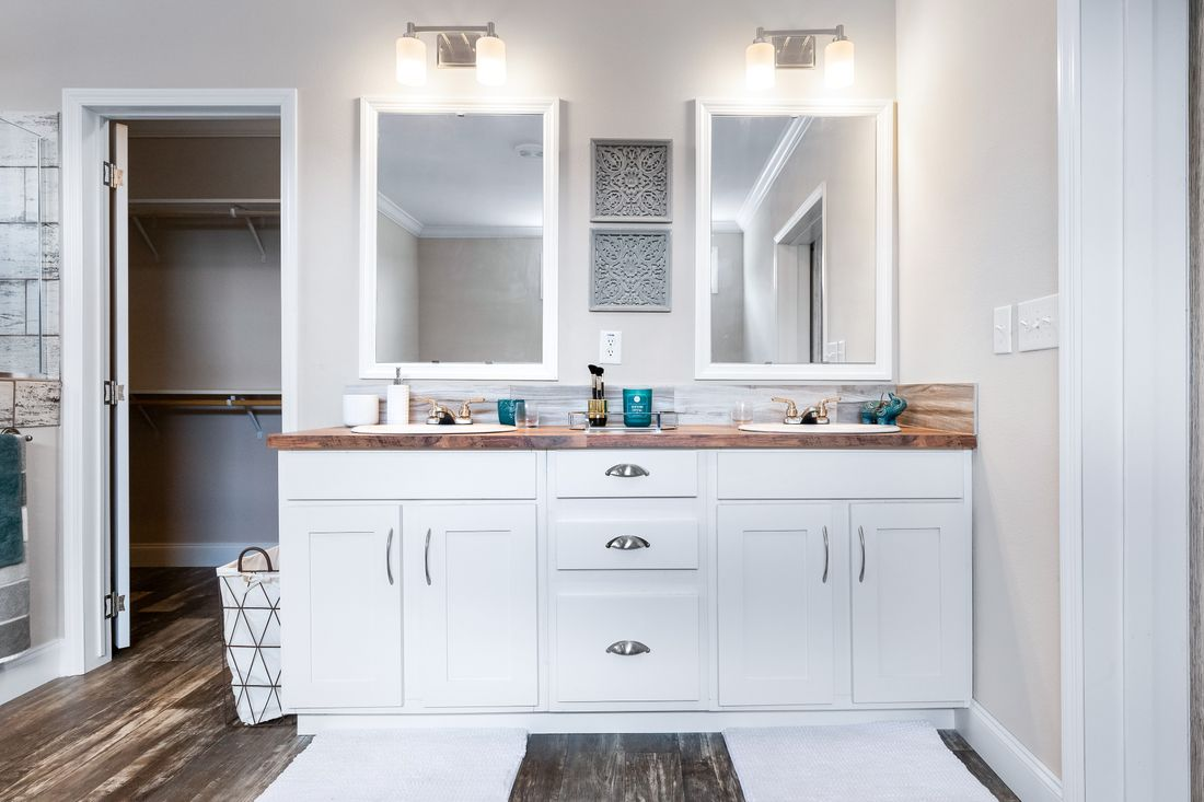 The THE ATLANTA-2 Master Bathroom. This Manufactured Mobile Home features 3 bedrooms and 2 baths.